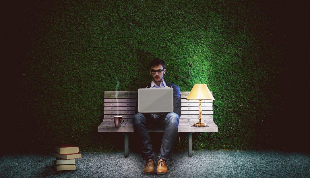 Banque en ligne : comparer les frais de banque pour choisir celle qui vous convient