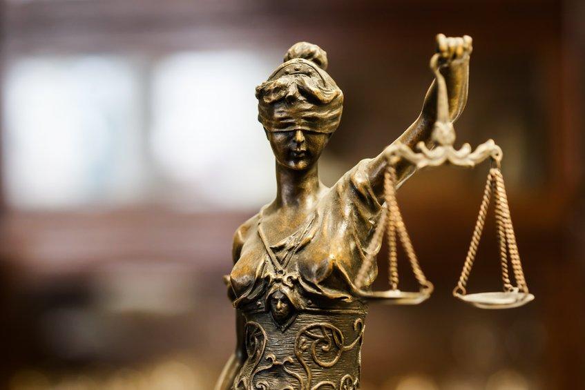 Quelles formations faut-il suivre dans le secteur du droit?